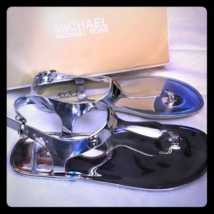 Michael Kors Silver Sz 8 Jet set 6 Sandals